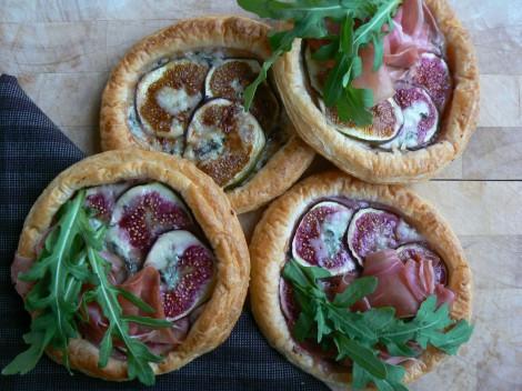 Feigen-Gorgonzola-Pizzetten