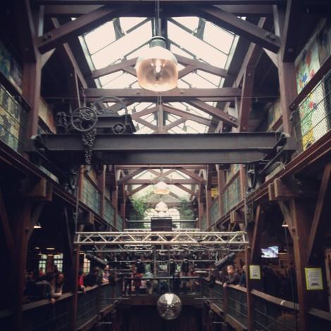 Hamburg: Markt in der Fabrik